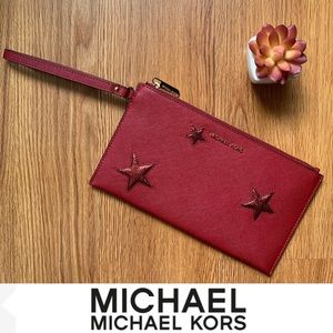 NWOT Michael Kors Jet Set Travel Large Star Clutch